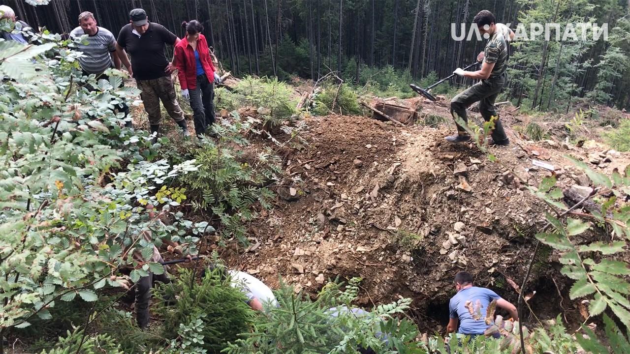 Криївку, де ймовірно жили очільники пропаганди ОУН, знайшли на Рожнятівщині (відеосюжет)